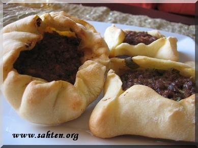 sfihas, galettes de viande de la cuisine libanaise